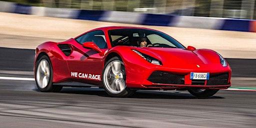 Guida una Ferrari o una Lamborghini all'Autodromo dell'Umbria a Perugia