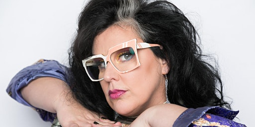 Queenies Music in the forest featuring Sarah Potenza