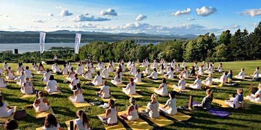 Yoga Livia au Domaine Orleans