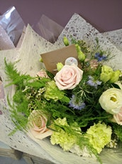 Mothers Day Hand Tied Bouquet Workshop tickets
