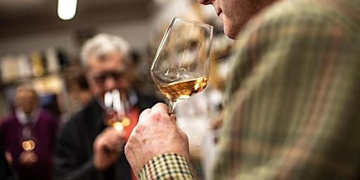 I profumi del vino:  bianchi aromatici, semi aromatici e complessi