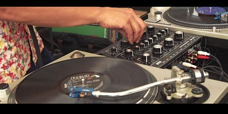 Rooftop DJ Party: Terapia y Verbena tickets