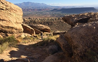 Women Who Explore Southern Utah: Zen Loop