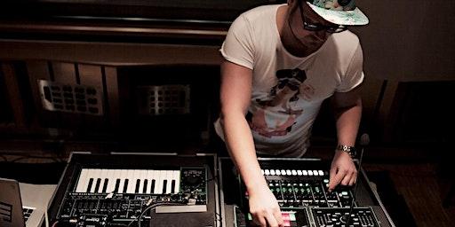 """Die Reise ins Musikbusiness"" - Oliver Dommaschk (Missy Elliott, Snoop Dog)"