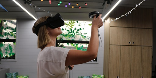 Virtual Reality Art Class