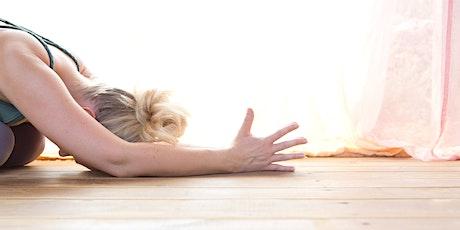 Entspannte Auszeit - Yin Yoga mit ätherischen Ölen Tickets