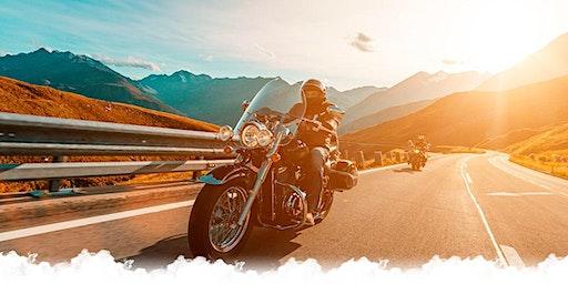 CHARLA VIAJERA: «RECORRER EL MUNDO EN MOTO»