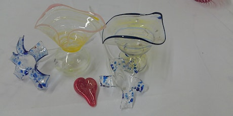 Glass Blowing Class - Flower, bud vase or heart tickets