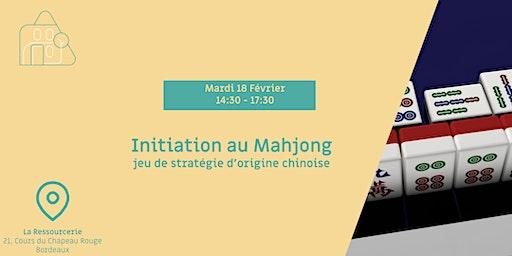 Initiation au Mahjong, un jeu de stratégie d'origine chinoise