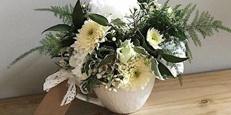 Hobby Flower Arrangement - Enchanting Gerbera tickets
