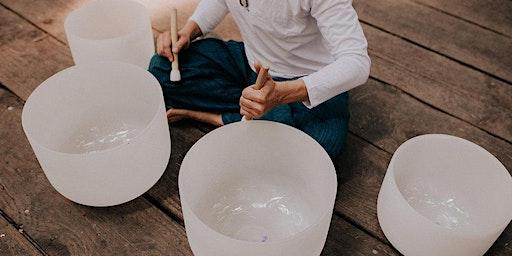 New Moon Sound Bath - Baño de Sonido de Luna Nueva