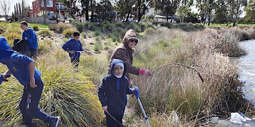 Clean Up Australia Day at Tiffany Crescent Reserve