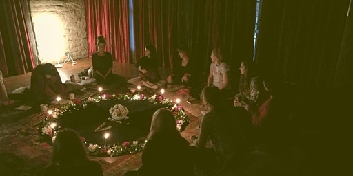 Women who Circle with the Full Moon