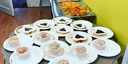Pizza making & cake decorating