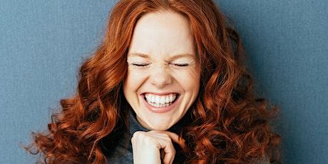 La alegría de adentro hacia afuera: La risoterapia del juego expresivo entradas