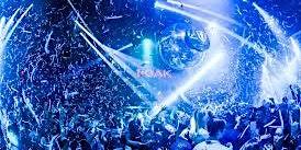 Las Vegas Clubs Wet Republic Pool Party Las Vegas Nevada + Nightclub Tours