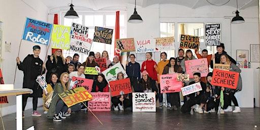 Demo Sign-Making // Pizza 'n' Plaka´te für den Women's* Day