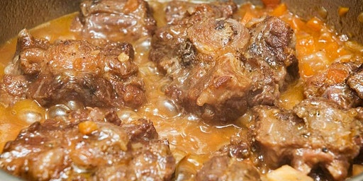 First Sunday Dinner: Southern Style Oxtails