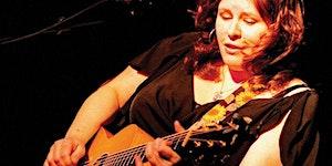 Suzie Vinnick Performs
