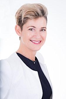 Nicole van Hattem CHHC logo