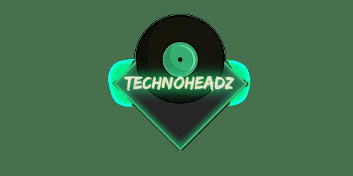 Technoheadz @Mack's