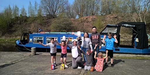 Easter Bunny Boat Trips on the Union Canal