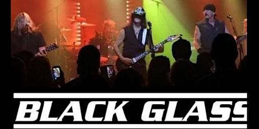 Black Glass in La Piazza