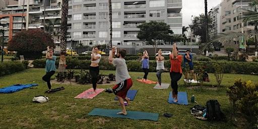 Miraflores Malecón Yoga (Beginner Level, Vinyasa Flow) Sunday Afternoon