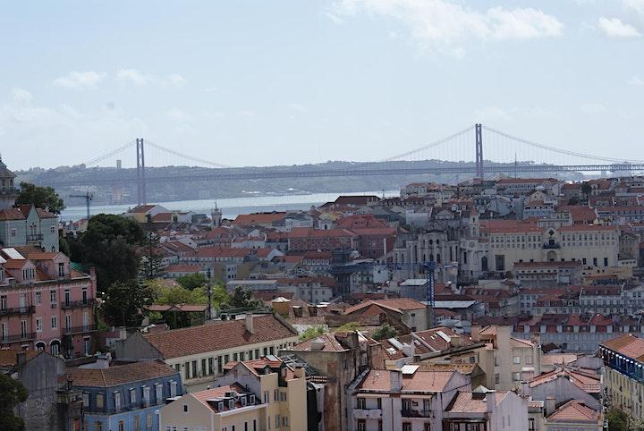 imagem Os Miradouros da Mouraria, Alfama, Castelo e Graça