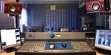 RADIO ON LINE. Instalación de Estación emisora y Producción de contenidos. entradas