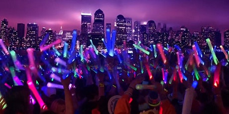 NYC Booze Cruise Glowsticks Yacht Party at Skyport Marina 2020 tickets