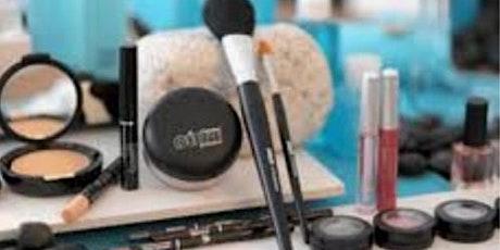 Perfect Make Up für die Weihnachtsfeier mit Dèesse Cosmetics Tickets