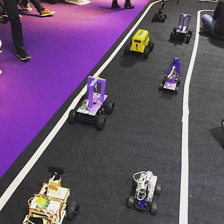 Image de REPORTÉ:  restez inscrits pour info - Course de mini-voiture autonome 5G