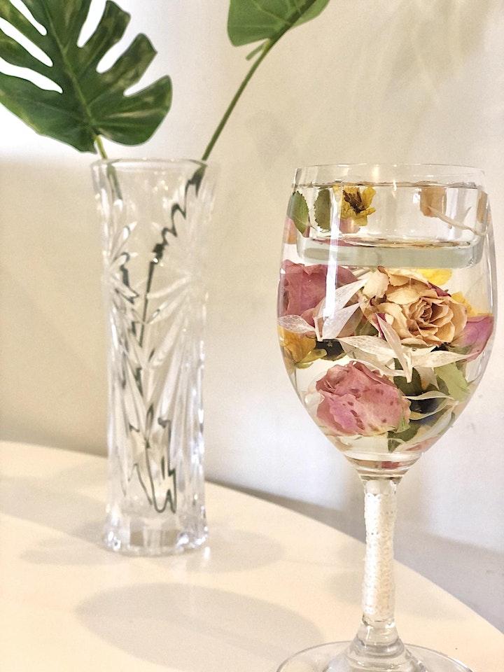 Flower Bouquet Candle Holder making Workshop image