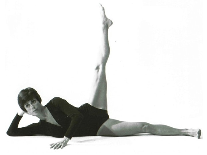 Lolita Pilates with Laura Grant: Pilates & Rehab image