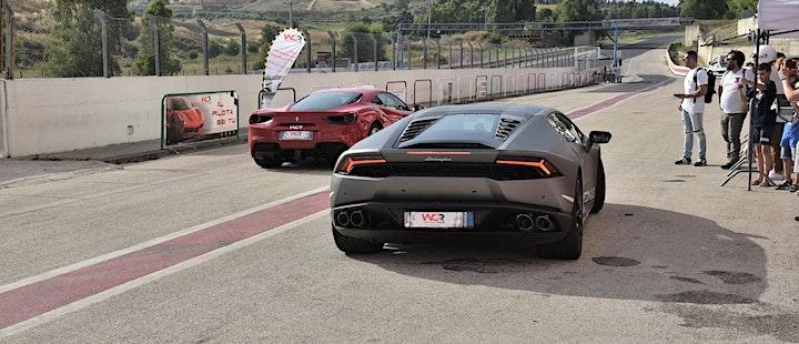 Immagine Guida una Ferrari o una Lamborghini all'Autodromo di Vallelunga a Roma