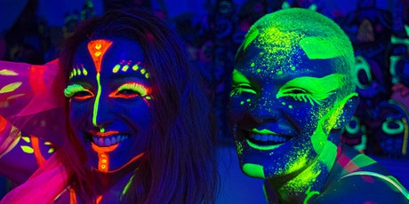 Queen Of Hoxton Host Neon Nights Dance Workout! tickets