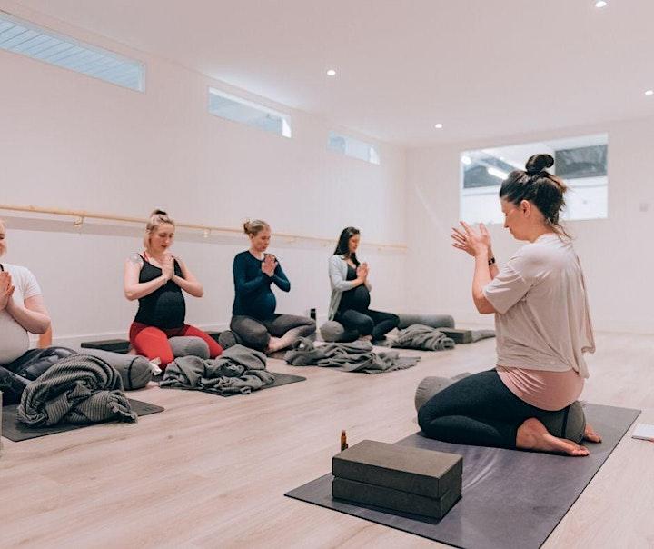Online 6 week Pregnancy Yoga Course | Mellow Mummas image