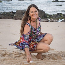 Helen Bradshaw - Growth Through Art logo