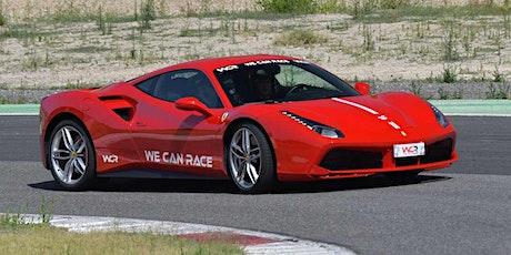 Guida una Ferrari & una Lamborghini, al Circuito di Ortona a Chieti biglietti