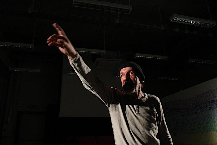 Immagine ANNI DIFFICILI performance live online