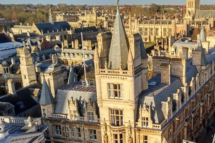 Treasure Hunt Cambridge - Colleges and Courtyards - 2-2½ hours image
