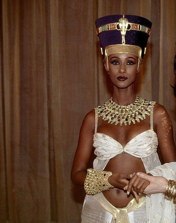 Nefertiti an icon of Black Beauty? Nzingha lecture 62 image